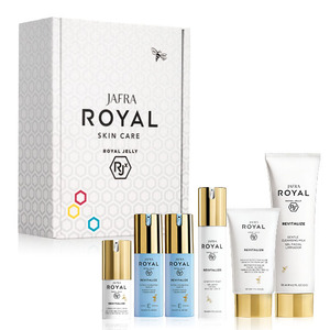 Revitalize Balm E/E Subscription Box