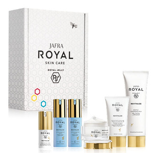 Revitalize Crème E/E Subscription Box